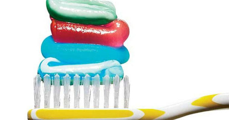 خمیر دندان-مسواک