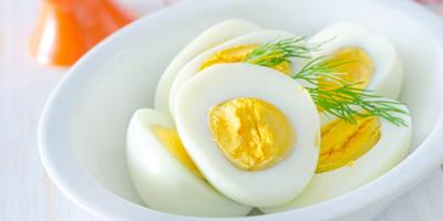 کلسترول تخم مرغ , مضرات سفیده تخم مرغ
