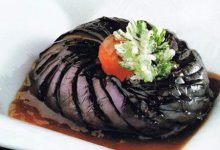 Photo of تزیین بادمجان شکم پر به شکل گل داوودی