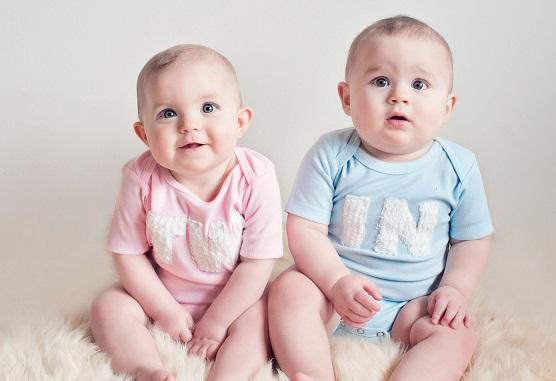 علائمی که نشان می دهد دوقلو حامله هستید