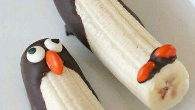 Photo of تزیین موز و توت فرنگی با شکلات برای کودکان