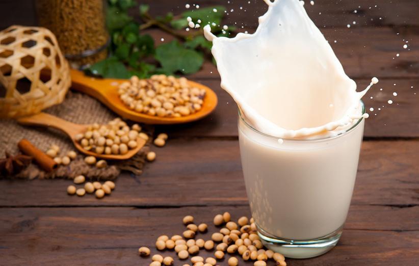 اطلاعاتی درباره شیر سویا و تفاوت آن نسبت به شیر گاو