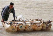 Photo of حرکت از رودخانه با کمک پوست گوسفند