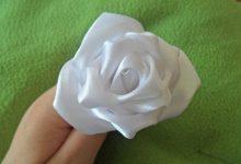 Photo of ساخت گل رز با روبان سفید