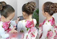 Photo of شینیون موی کودک با تزیین موی بافته شده و گل رز و