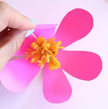 آموزش تصویری ساخت آویز گل کاغذی,آموزش مرحله ای ساخت آویز گل کاغذی