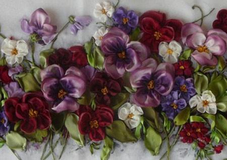 گل بنفشه روبانی, گل بنفشه روبان دوزی
